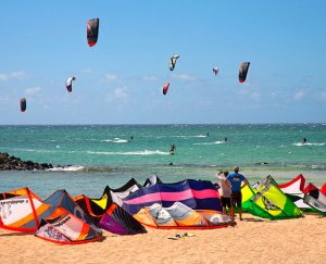 kiteboarding-in-maui-hawaii